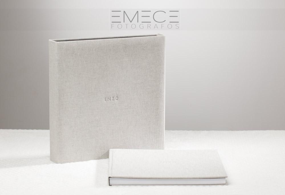 Detalle Del álbum Y Caja